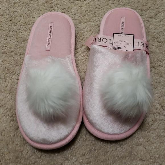 ff4c061e93 NWT- Victoria s Secret pom pom slippers